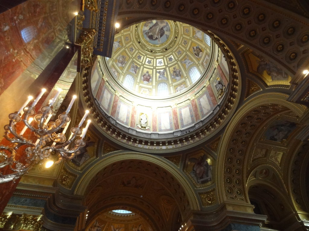 Best Things to do in Budapest | Best Cities | Budapest | Basilica of Saint Stephen