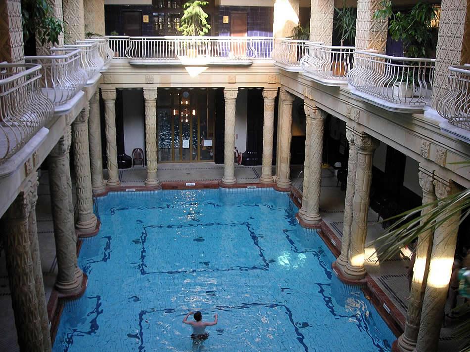 Best Things to do in Budapest | Best Cities | Budapest | Gellert Baths